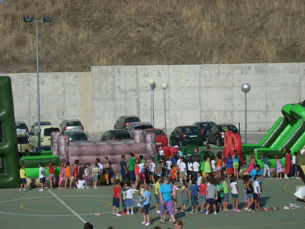 Estas viendo imágenes de: Fiesta fin de curso 2011